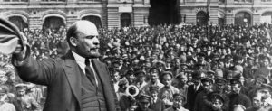 Lenin speaks to soldiers